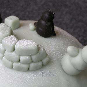 Dort - Kopec se sněhulákem a tučňáky, detail
