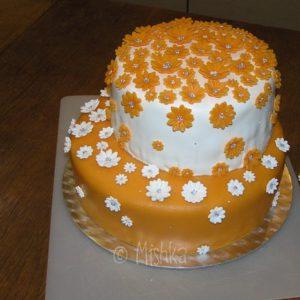 Hotový svatební dort