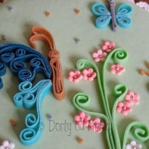 Detail quillingu na dortu