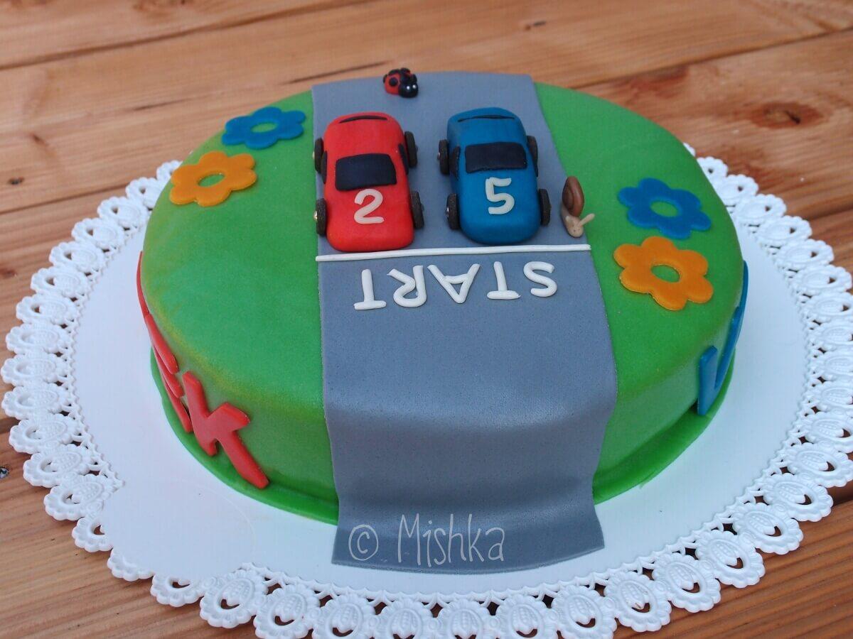 Klučičí dort s auty