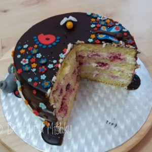 Nakrojený dort