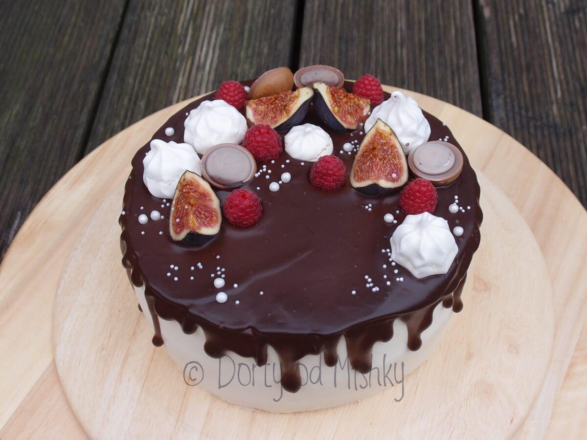 Nahatý dort s toffifee a fíky